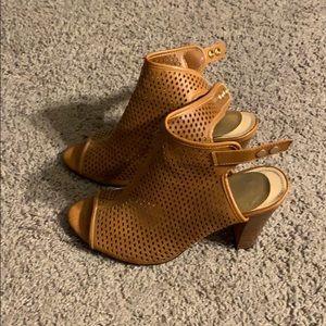 Tan Mesh Heel Size 10